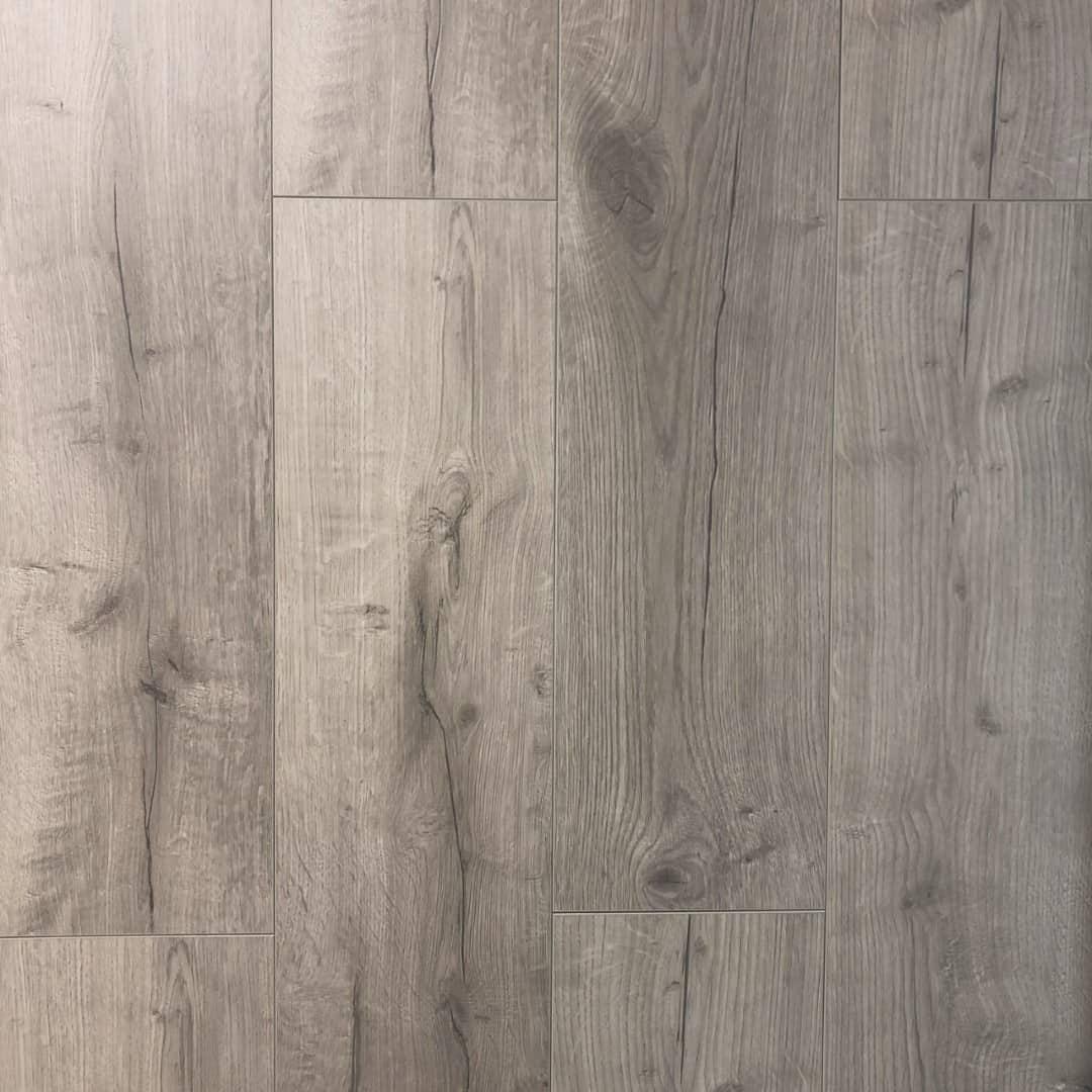 Montana Oak 12 Mm Warm Grey Laminate
